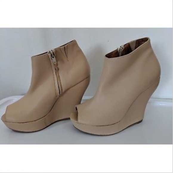 596bb3d4ce1 Jeffrey Campbell Shoes - Jeffrey Campbell TICK NS Nude Leather Peep Toe
